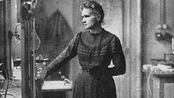 The Story of a Legend – Madame Marie Curie